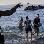 ŠPANCI PRESRELI BRODOVE I IZVUKLI 208 OSOBA Migranti se uputili na Kanarska ostrva