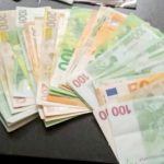 ZAPLENJENO SKORO MILION EVRA Makedonska policija našla falsifikovane novčanice kod dvojice Kamerunaca
