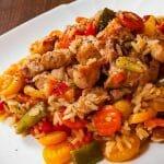 STARINSKI RECEPT ZA OMILJENO SRPSKO JELO: Đuveč sa mesom i povrćem, lako i brzo do rajskog ručka
