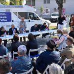 VREDNI VESIĆ ISPUNJAVA OBEĆANJA Putujućom kancelarijom posetio Boljevce i poručio šta je sledeće na redu da se uradi